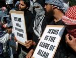 Muslime beleidigen Jesus