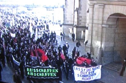 Demo gegen Ausschaffungsinitiative