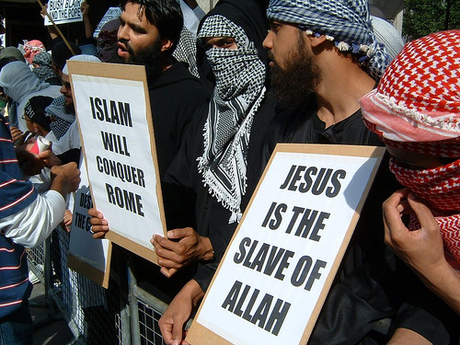 Islamists_Insult_Jesus