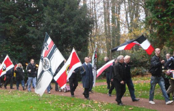 NPD_Reichskriegsflagge